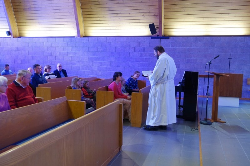 2020-01-12-Children-Sermon-Jesus-Baptism-DSC05783