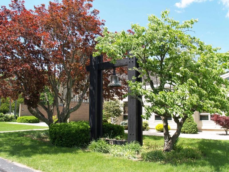 2016-06-12 CLC Memorial Bell P6121716