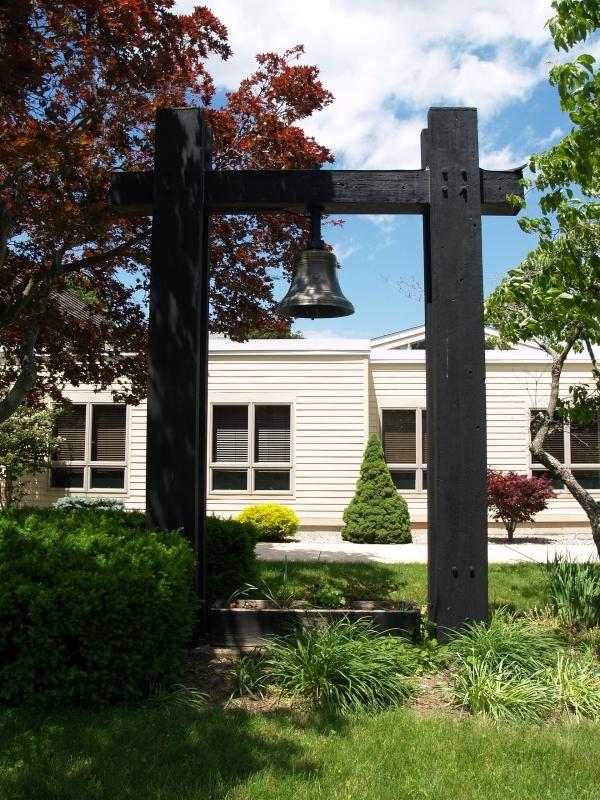2016-06-12 CLC Memorial Bell P6121717