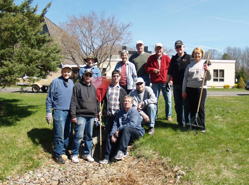 2016-04-16 CLC Spring Cleanup P4161576b