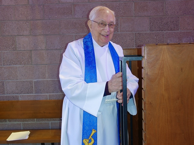 2020-11-29-Pastor-N-second-service-DSC06492