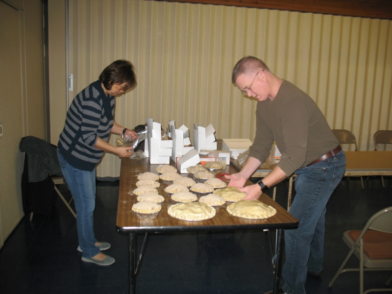 2015-11-21 CLC Apple Pie Workshop IMG_0272