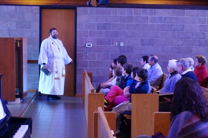 2019-01-13 CLC Pastor R Childrens sermon DSC04171