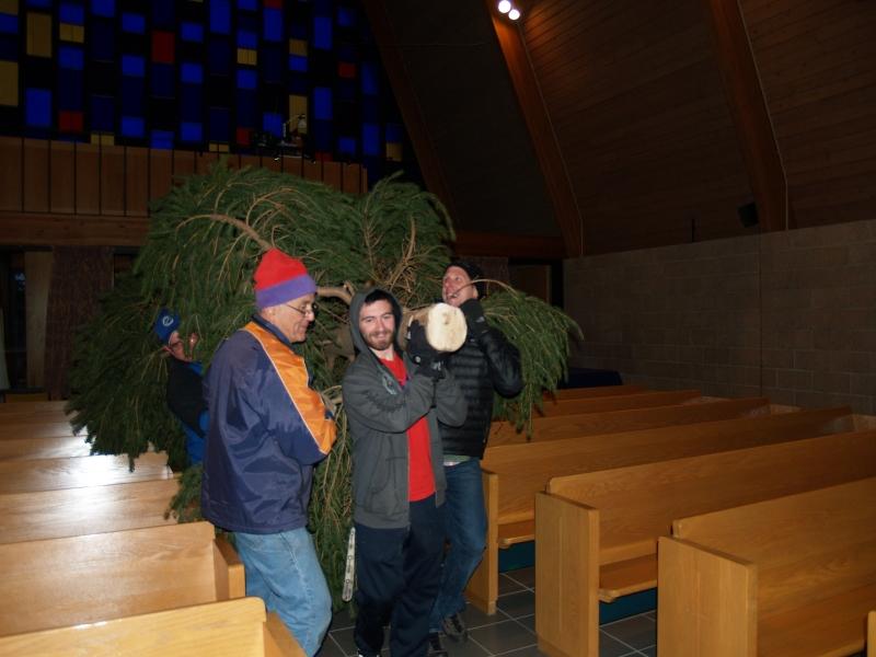 2014-12-19 CLC Christmas Tree_PC199772