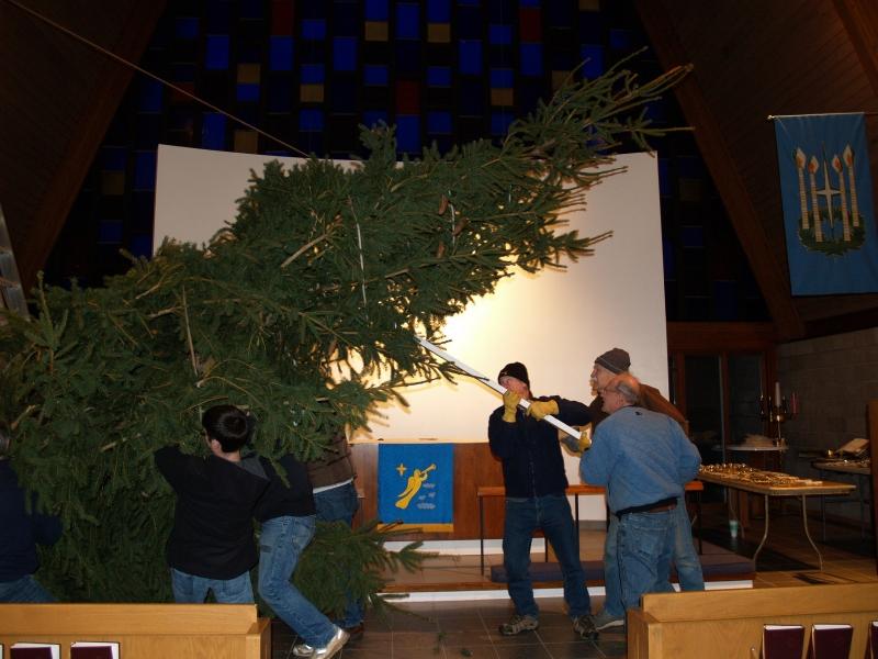 2014-12-19 CLC Christmas Tree_PC199781