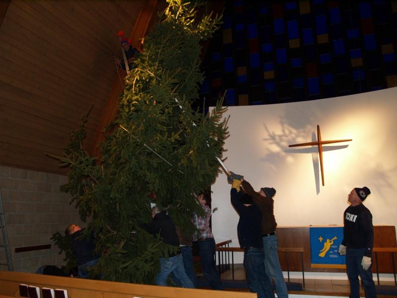 2014-12-19 CLC Christmas Tree_PC199783