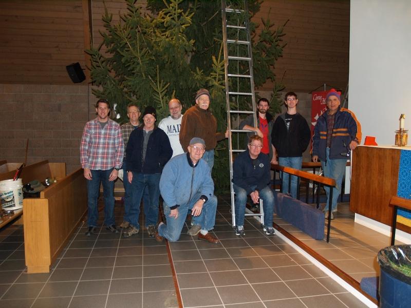 2014-12-19 CLC Christmas Tree_PC199799