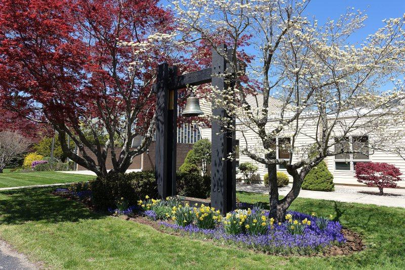 2021-04-26-CLC-Memorial-Bell-garden-DSC07117_s-1