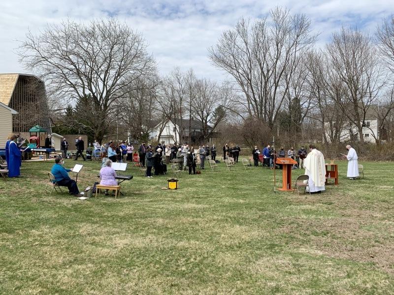 Easter-Service-Outside-16