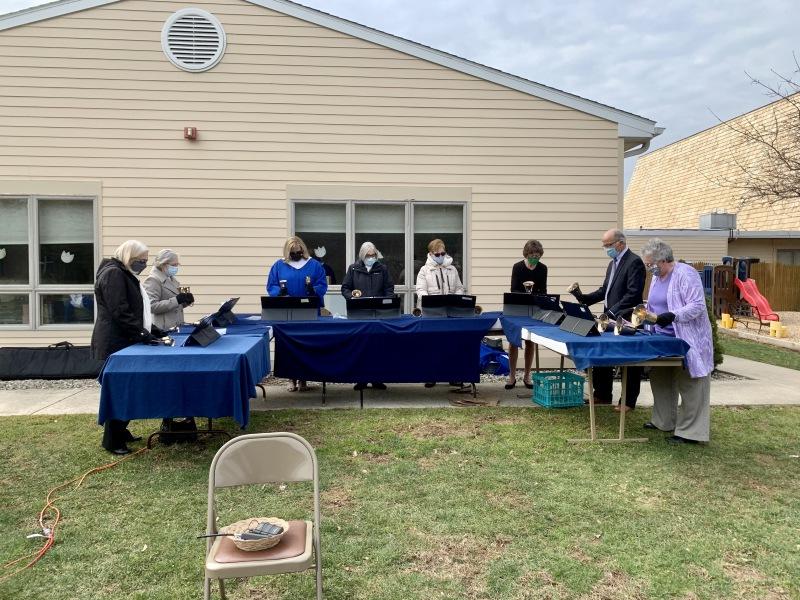 Easter-Service-Outside-3