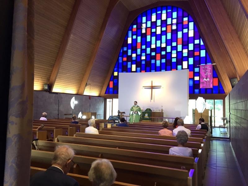 2020-07-05-first-COVID-19-era-communion-service-IMG_0675